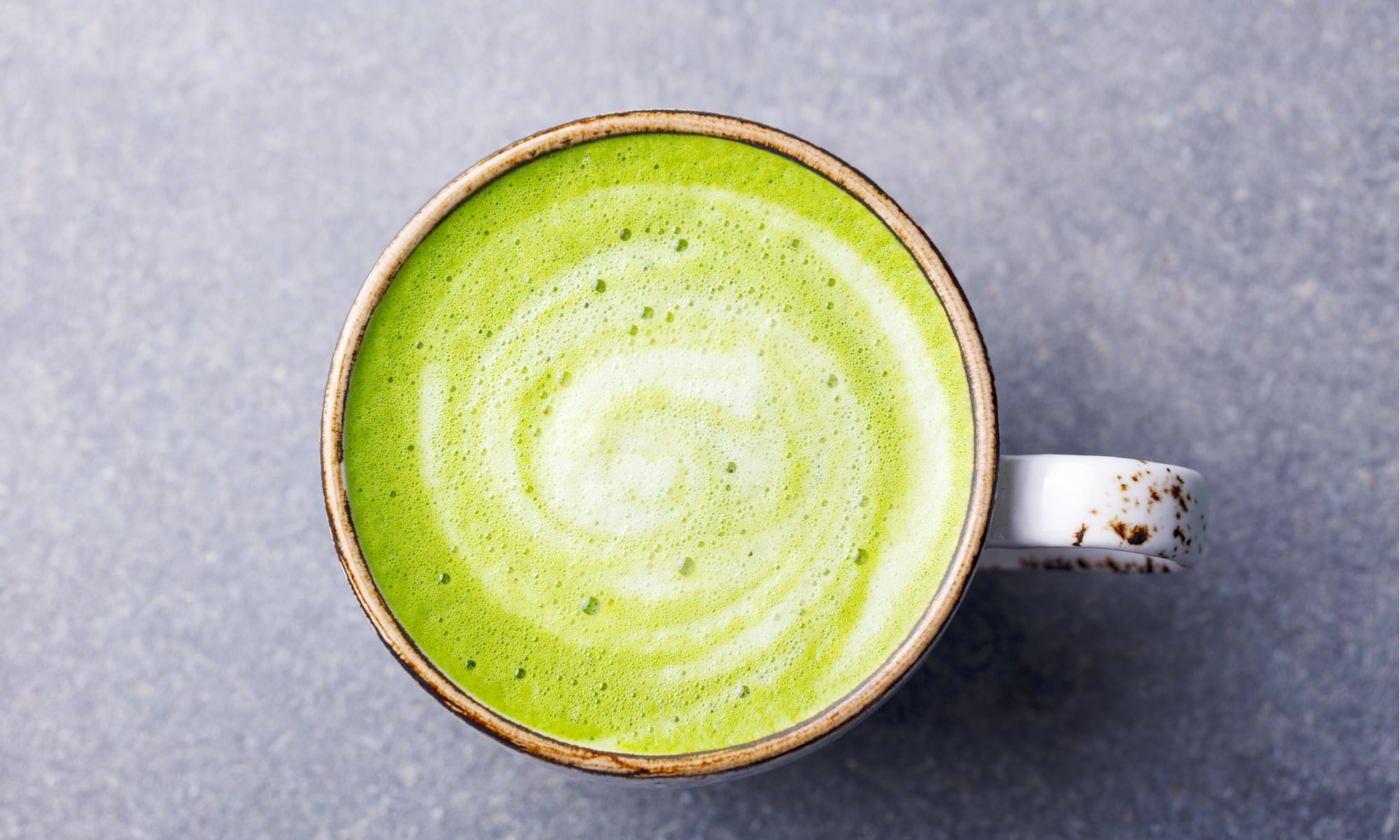 Matcha Powder Lattes: The Crash-Free Coffee Alternative